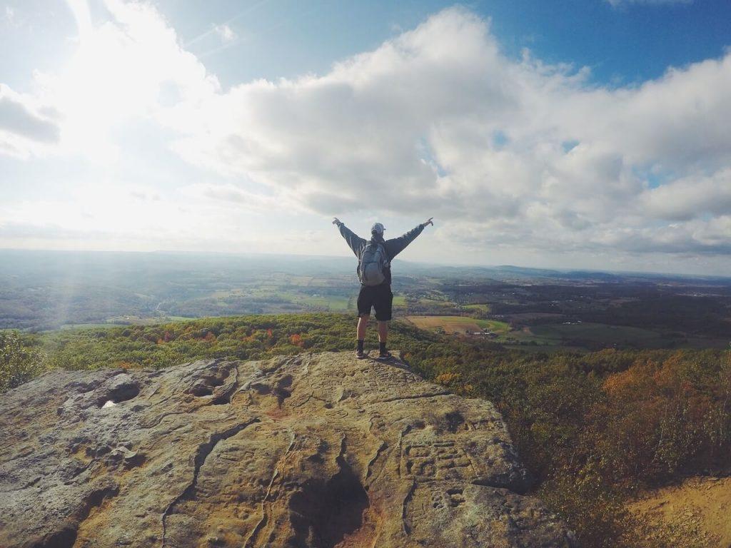 Hiking Minimizes Rumination