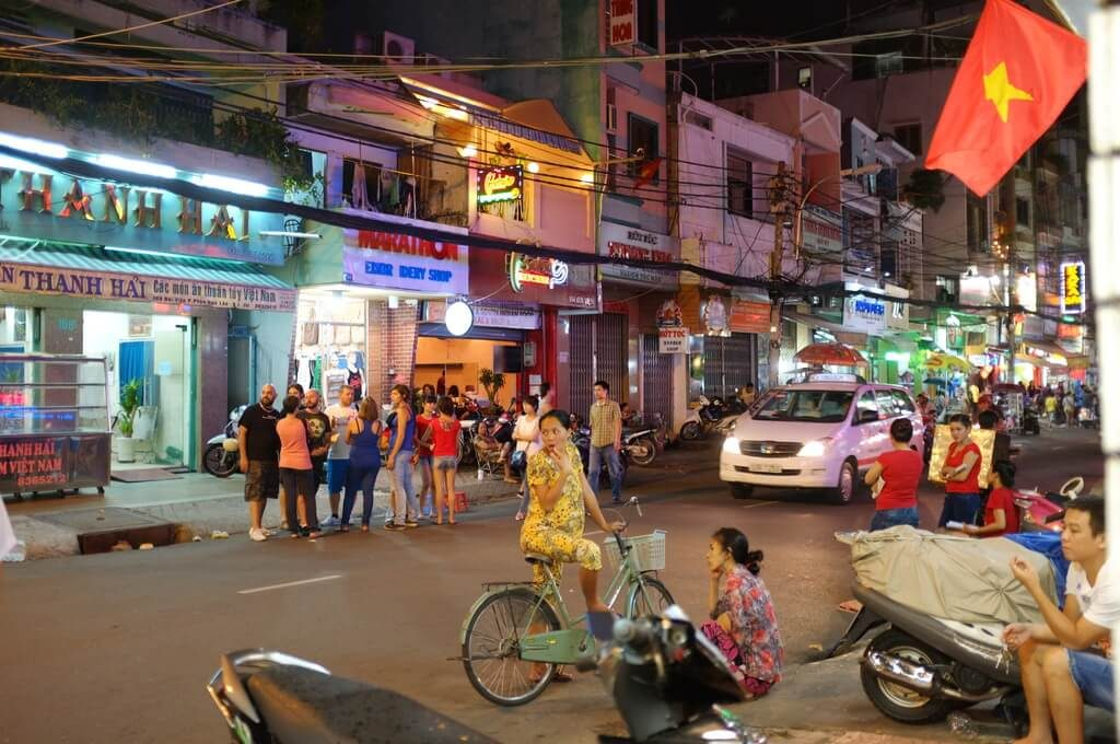 Travel Phrases in Vietnamese